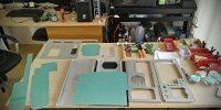 Inversión del chasis, exposición de piezas cortadas y limadas.