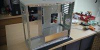 Inversión del chasis, comenzando el montaje de prueba de las piezas realizadas en el interior del case