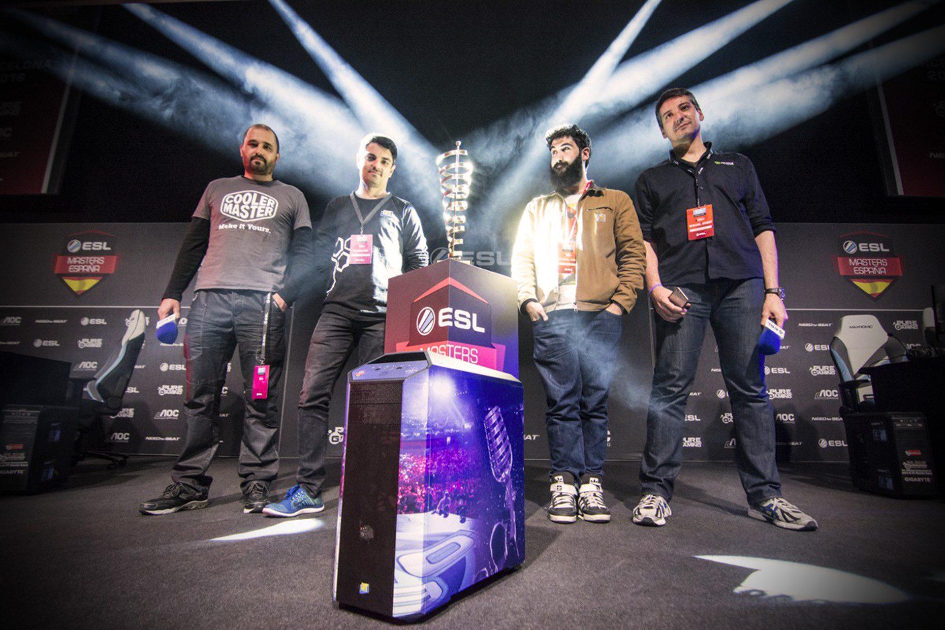 Deka en la ESL EXPO Barcelona, entrega del Premio Cooler Master 06 - Foto de Hara Amorós