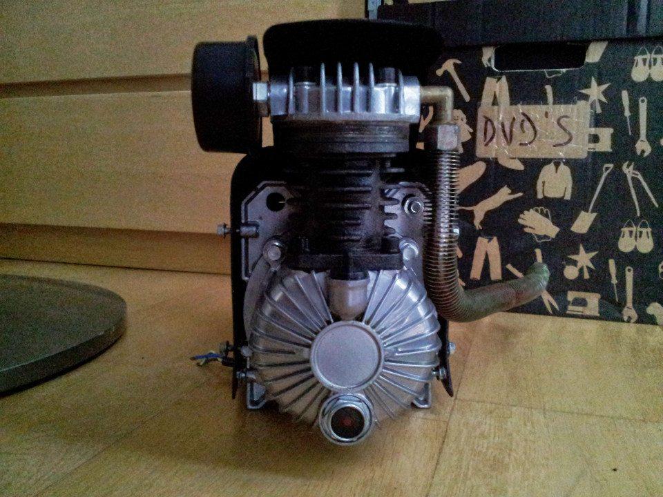Compresor de aire silencioso 16 deka modder for Compresor de aire silencioso